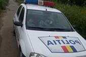politistii dorm in masina